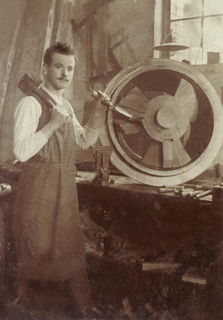 August Maus, Firmengründer