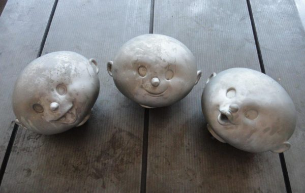Galvanic prototype moulds for heads of theme part figurine