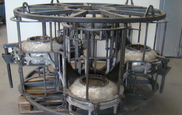 Produktionsbereite Rotationsform, 2-teilig, 6 Stahllosteile für Leuchten