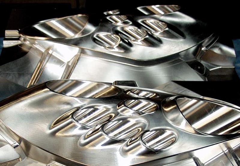 Kohlefaser-Laminierform für Alfa Romeo C4 Leuchtenabdeckung