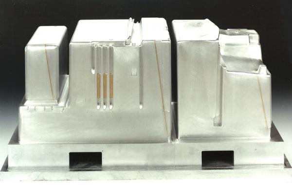 Tiefziehform für Kühlschrankinnenteil